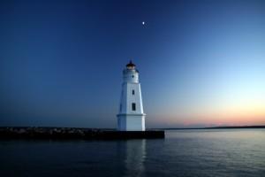 ashland-breakwater-lighthouse-at-sunset1