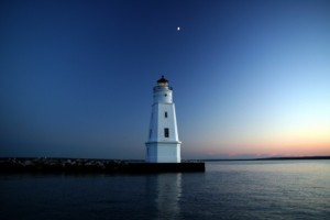 ashland-breakwater-lighthouse-at-sunset1